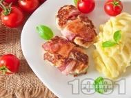 Пилешко филе с бекон на тиган с картофено пюре